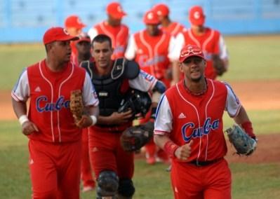 El equipo cubano salió victorioso 3-2 del tope amistoso Cuba-Estados Unidos, el domingo 8 de julio de 2012, La Habana. Foto: Calixto N. Llanes/Juventud Rebelde (CUBA)
