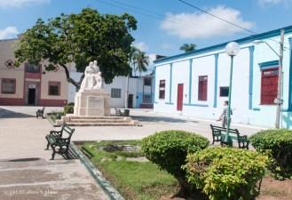 Parque de las Madres de Bayamo. Domingo 20 de octubre de 2013, Granma. FOTO: Calixto N. Llanes (CUBA)