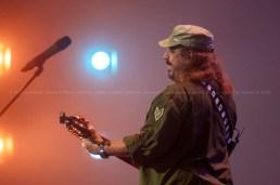 El cantautor Frank Delgado durante el concierto homenaje a Santiago Feliú en el Teatro Karl Marx en La Habana, Cuba, el viernes 21 de agosto de 2015. FOTO de Calixto N. Llanes/Juventud Rebelde (CUBA)