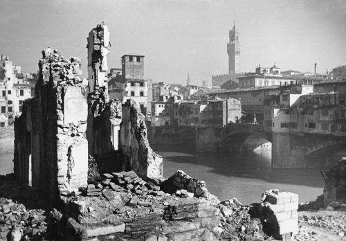 Firenze danni guerra
