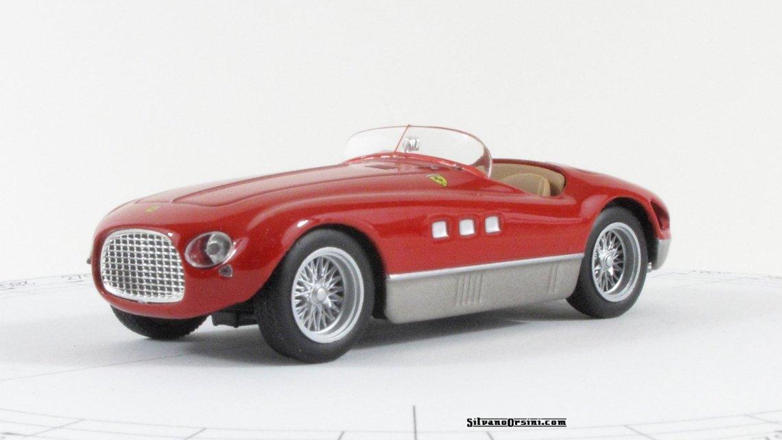 Ferrari 340 MM, abito Vignale e motore da quattro litri