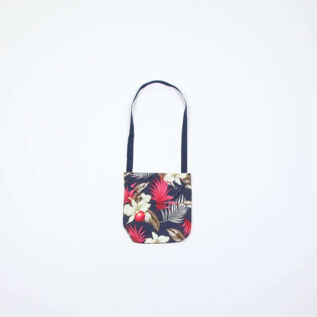 Engineered Garments Shoulder Pouch – Hawaiian Floral Java Cloth Navy [EF053]
