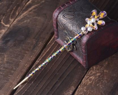 Purple & Yellow Scalloped Oak Leaf Enameled Metal Hairpin