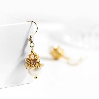 Gold Wire Earrings Pearls