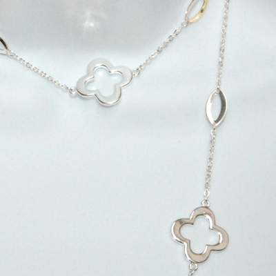 Good Luck Clover Leaf Silver Plated Necklace 40""