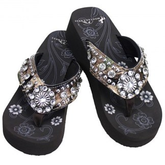 Montana West Women's Hand Beaded Flip Flop Sandals (LimeCamoFlwBling)