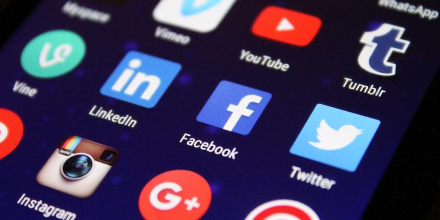 Social Media - Silver Immigration