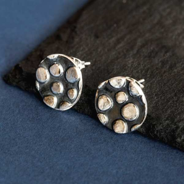 Silverkupe Dotty Studs Black