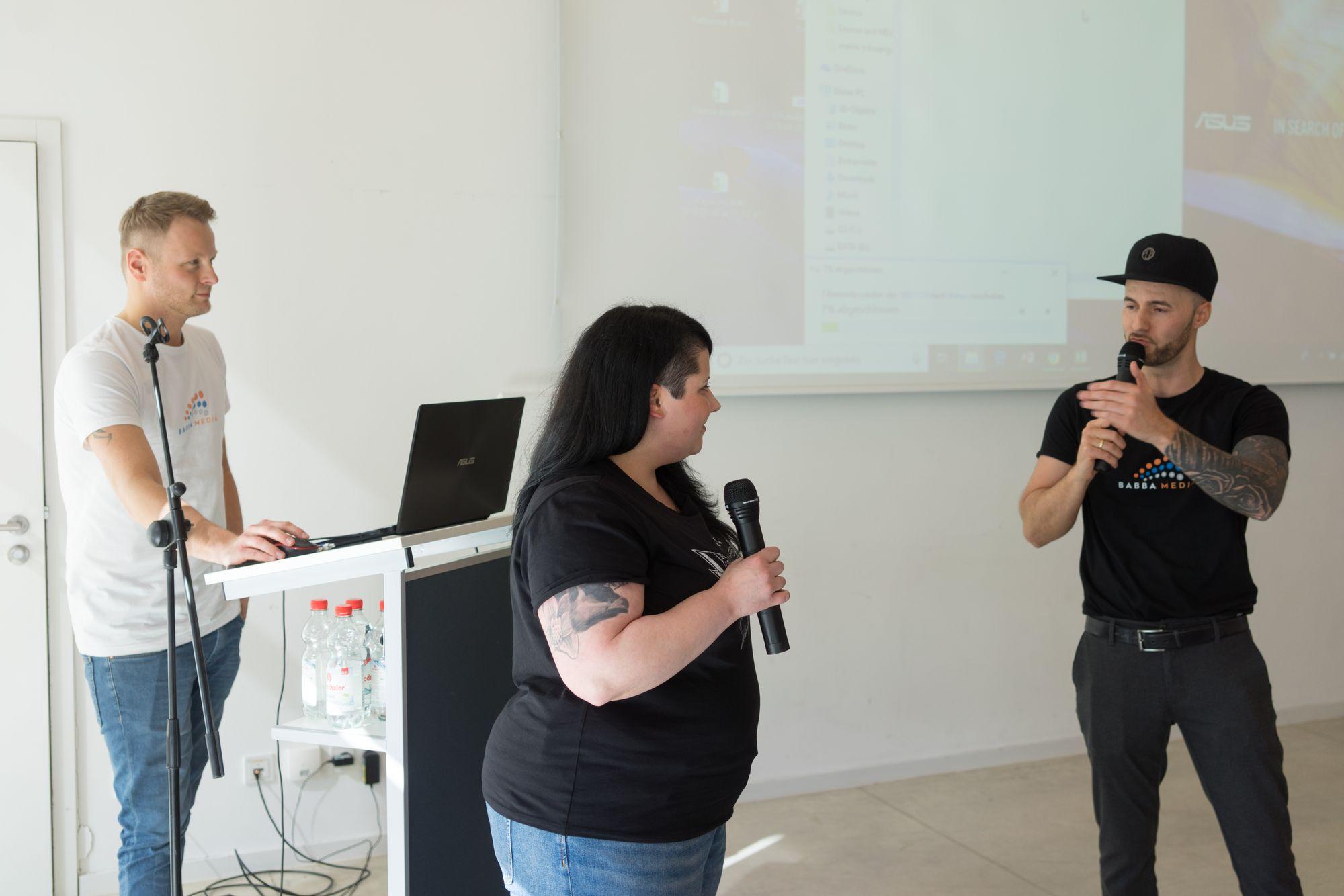 Katharina Kislewski als Sprecher mit Daniel Hauber und Stefan Beier auf dem Babba Business Day 2019 in Großostheim