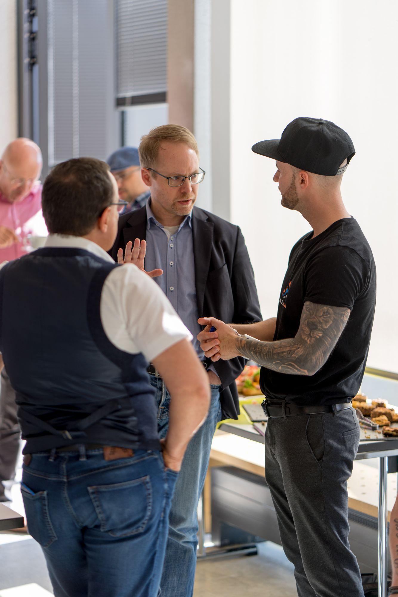 Thomas Loczewski (Tom Loc) im Gespräch mit Daniel Hauber und Mario Höhn auf dem Babba Business Day 2019 in Großostheim