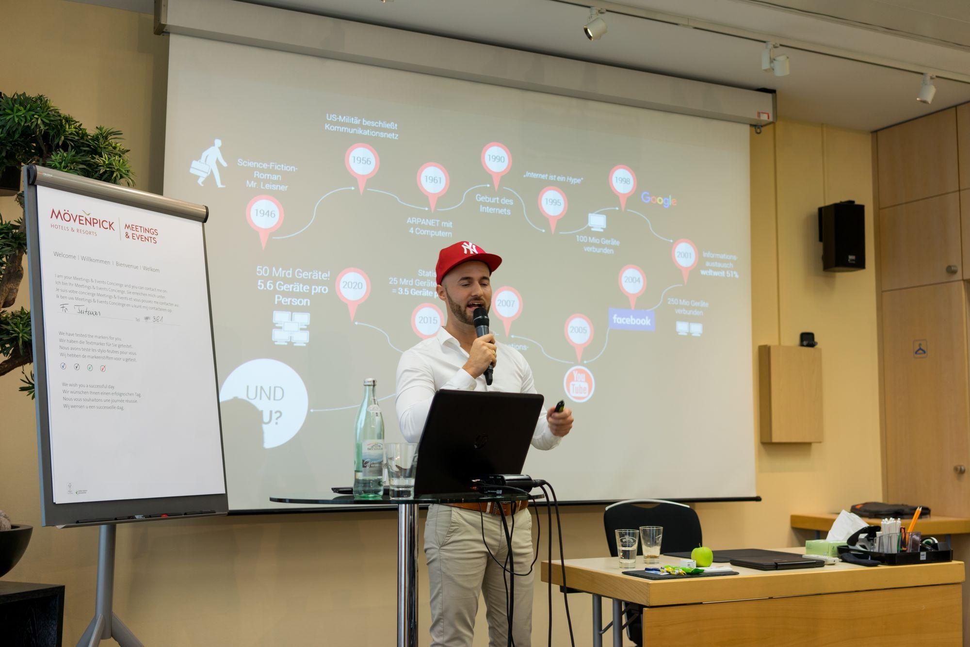 Daniel Hauber als Sprecher auf dem Builderall Everest 2018 in Nürnberg (Germany)