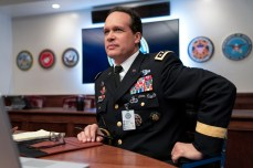 SPACE FORCE (L TO R) DIEDRICH BADER as ARMY CHIEF OF STAFF in episode 101 of SPACE FORCE Cr. AARON EPSTEIN/NETFLIX © 2020
