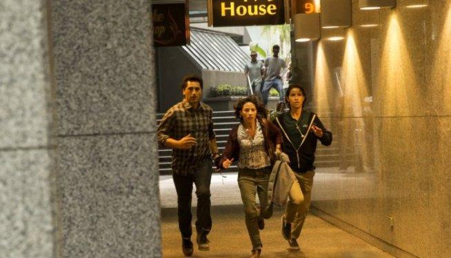 Fear-The-Walking-Dead-Travis-Liza-and-Chris