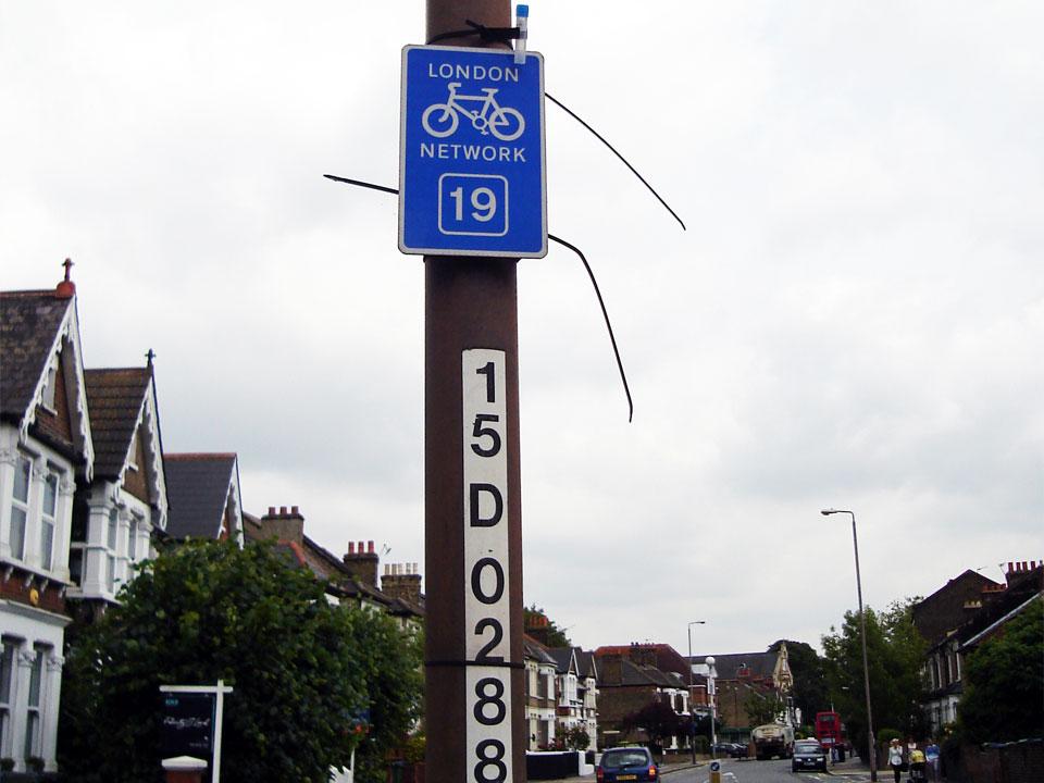 S10 – Mayhill Road / Charlton Road