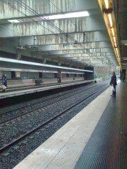 roma, stazione della metro s.paolo