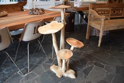 SW-152 houten decoratie paddestoelen