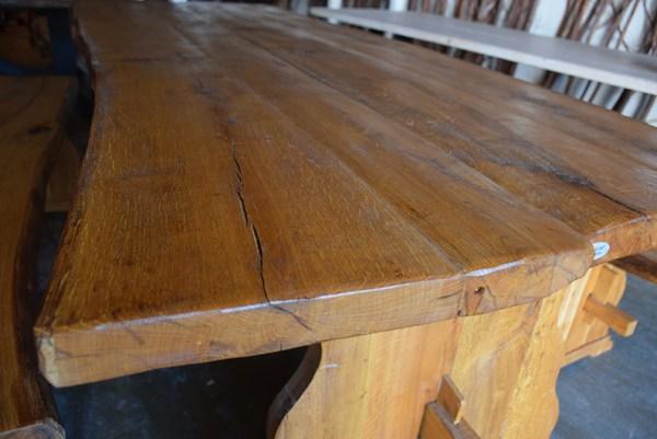 SW-166 eikenhouten eettafelset, tafel met twee banken