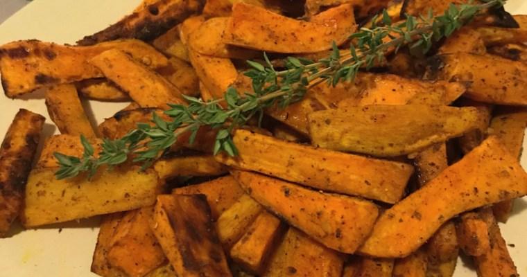 Печени сладки картофи с мащерка и пикантни подправки