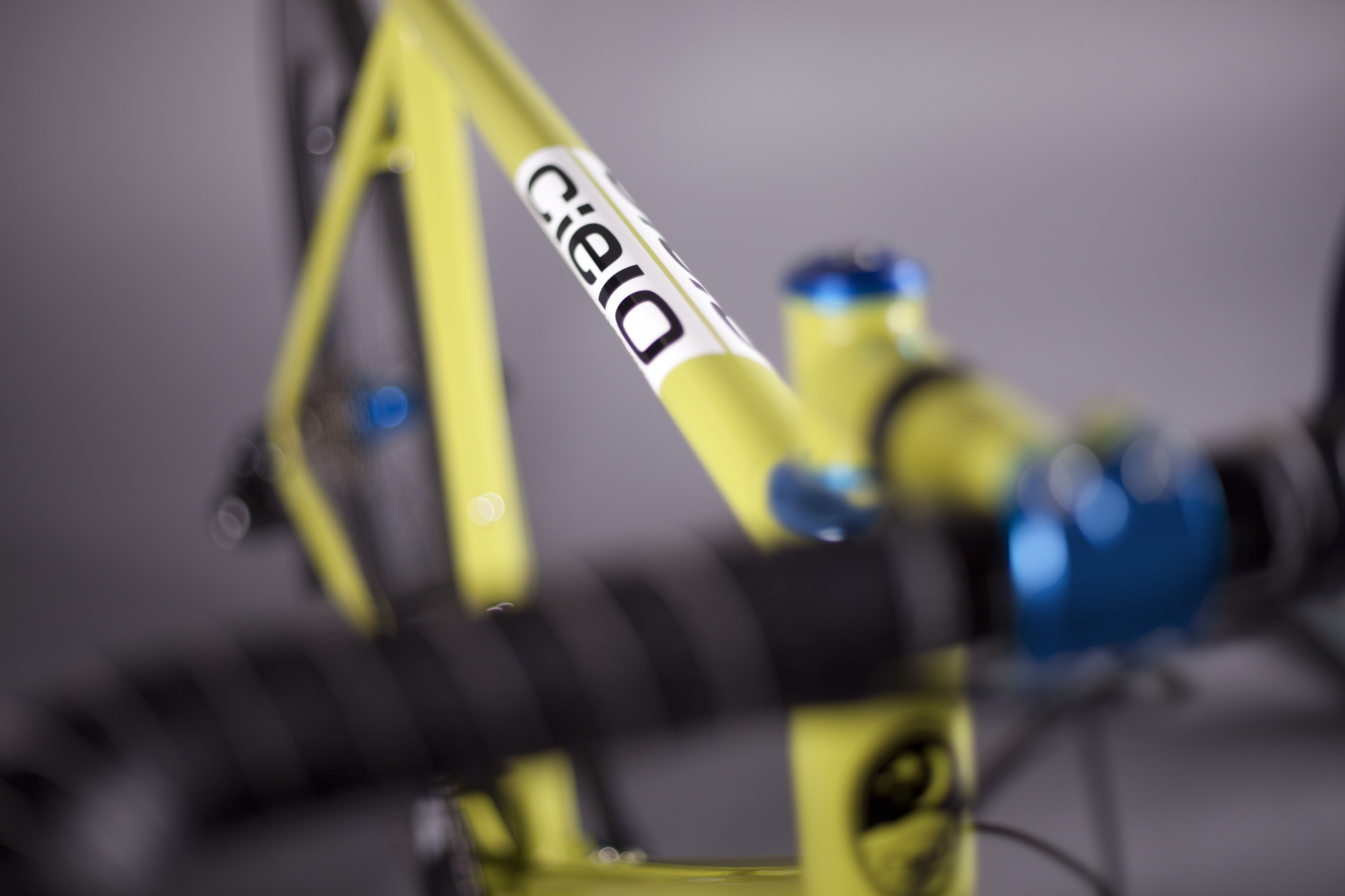 RS921_cielo_roadracer_chartreuse_6-lpr