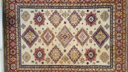 Kazak Oosters Tapijt  242 x 180