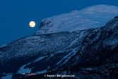 Full moon over Totten in Hemsedal. Photo: Simen Berg