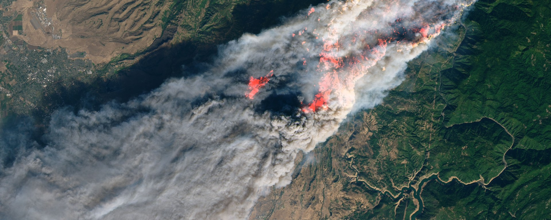 Satellite image of the Campfire in California, 2018.