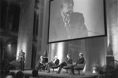 """The Aga Khan, Charles Correa, Robert Ivy and Martin Filler in a panel discssion on """"Design in the Islamic World and Its Impact Beyond"""", January 25, 2008 at the NBM, Washington. Photo: Nicky Lubis"""