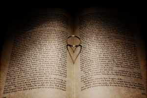 heart-book-read-love