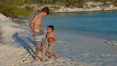 Apéro plage à Guana Cay