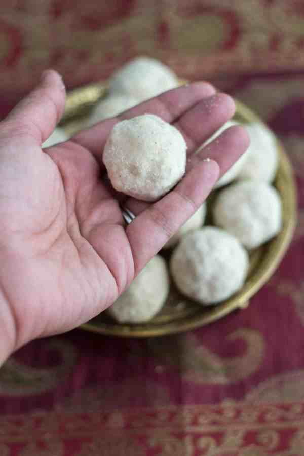 Follow this video recipe to make crumbly, melt in the mouth Rava ladoos. (And the best part - you don't have to shape these into balls when it is piping hot!)