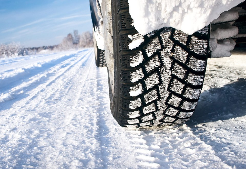 How to Better Prepare yourself and your vehicle for Winter Tire Season