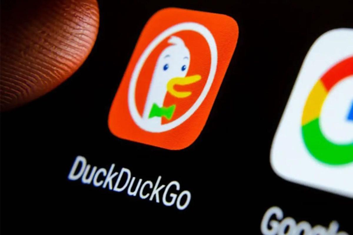 DuckDuckGo Search Engine