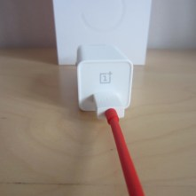 Dank DASH-Charge lädt das Handy in 30 Minuten 60 Prozent.