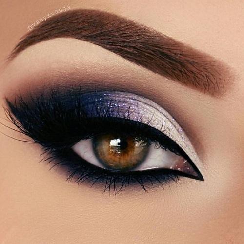 ochii mari si stralucitori