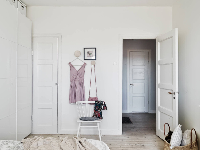 Light-airy-and-charming-apartment-in-Sweden_5