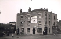 Redcliff Hill, Commercial Road, George & Dragon, demolished 1961.