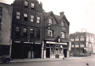 Broad Weir, Old Crown, demolished 1957.