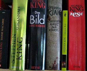 Nur eine kleine Auswahl von Kings Büchern.