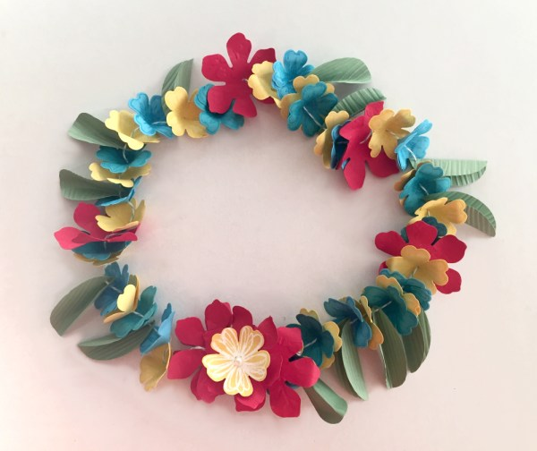 Flower lei, Stampin' Up! style. Come and join us on a Hawaiian themed blog hop!   www.simonebartrum.com