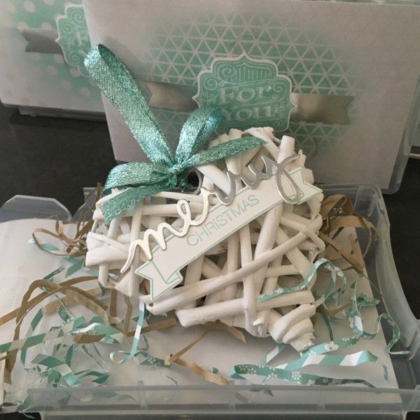 Wicker Heart Ornament in half-size wood mount storage box, available from Stampin' Up!. More info at www.simonebartrum.com