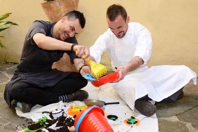 Menu Vegetale e di Pesce, un gioco fra due diversi stili si cucina uniti da l'amicizia e la voglia di esprimersi...