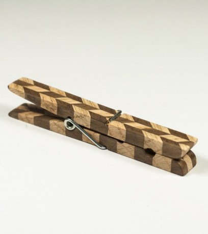 wooden-brooch-simone-frabboni