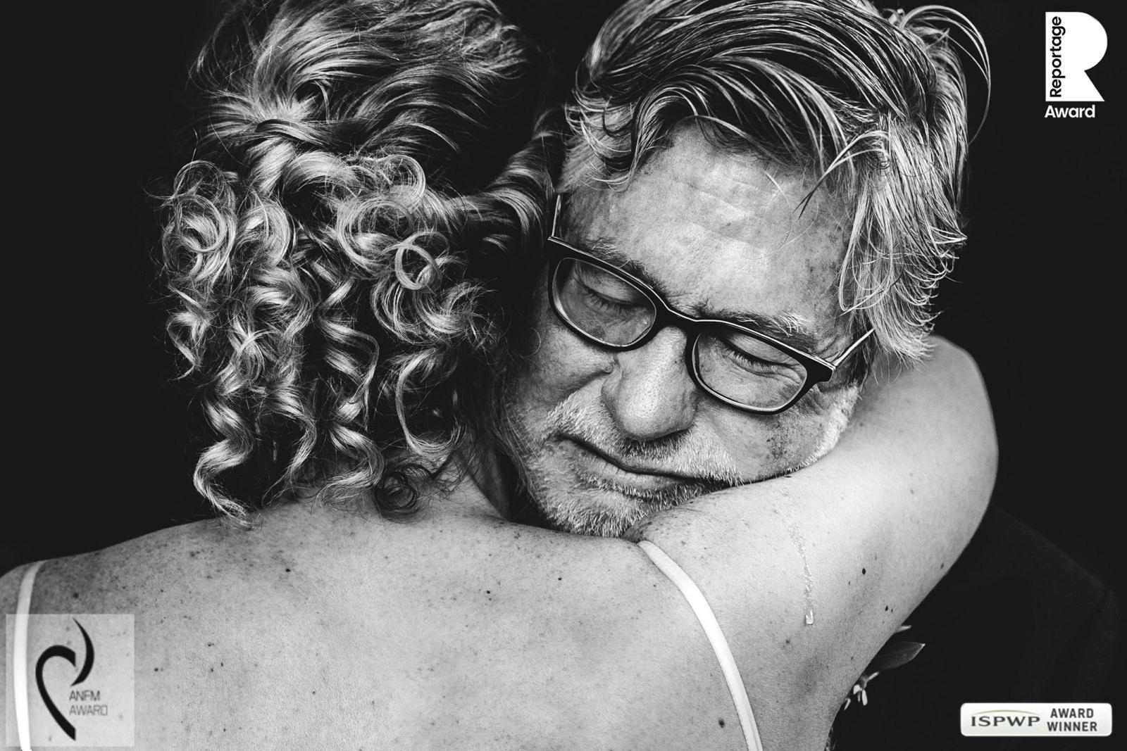 emotional wedding photographer tuscany