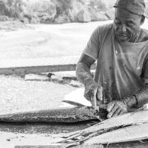 Visser vis aan het schoonmaken in Curacao | simoneskitchen.nl