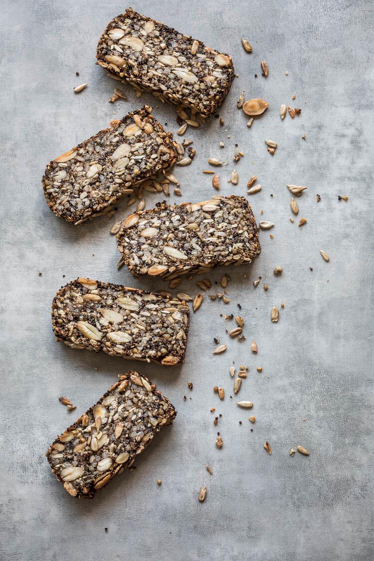 Crunchy notenbrood   simoneskitchen.nl