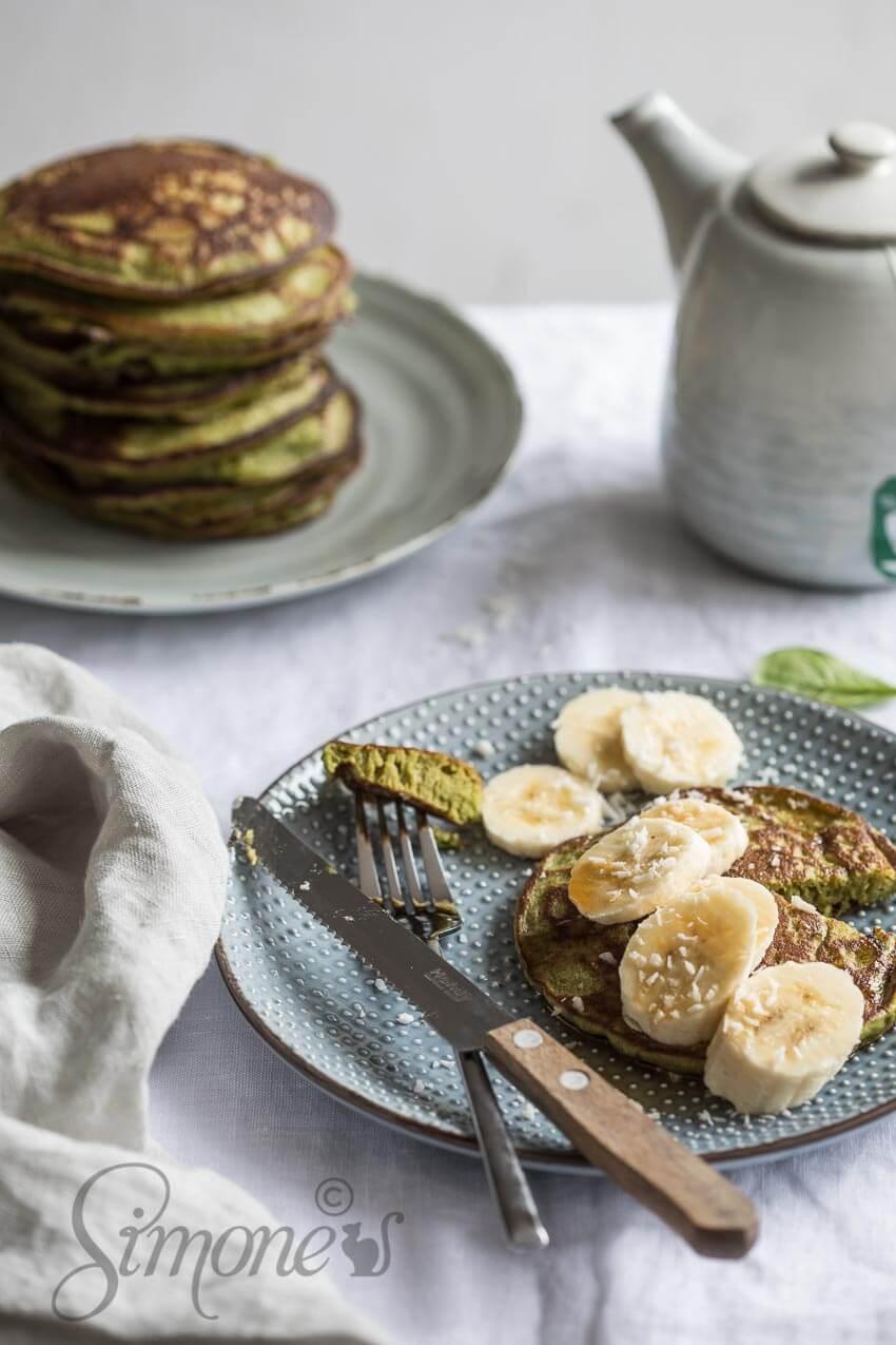 Boekweitpannenkoekjes met banaan en spinazie   simoneskitchen.nl