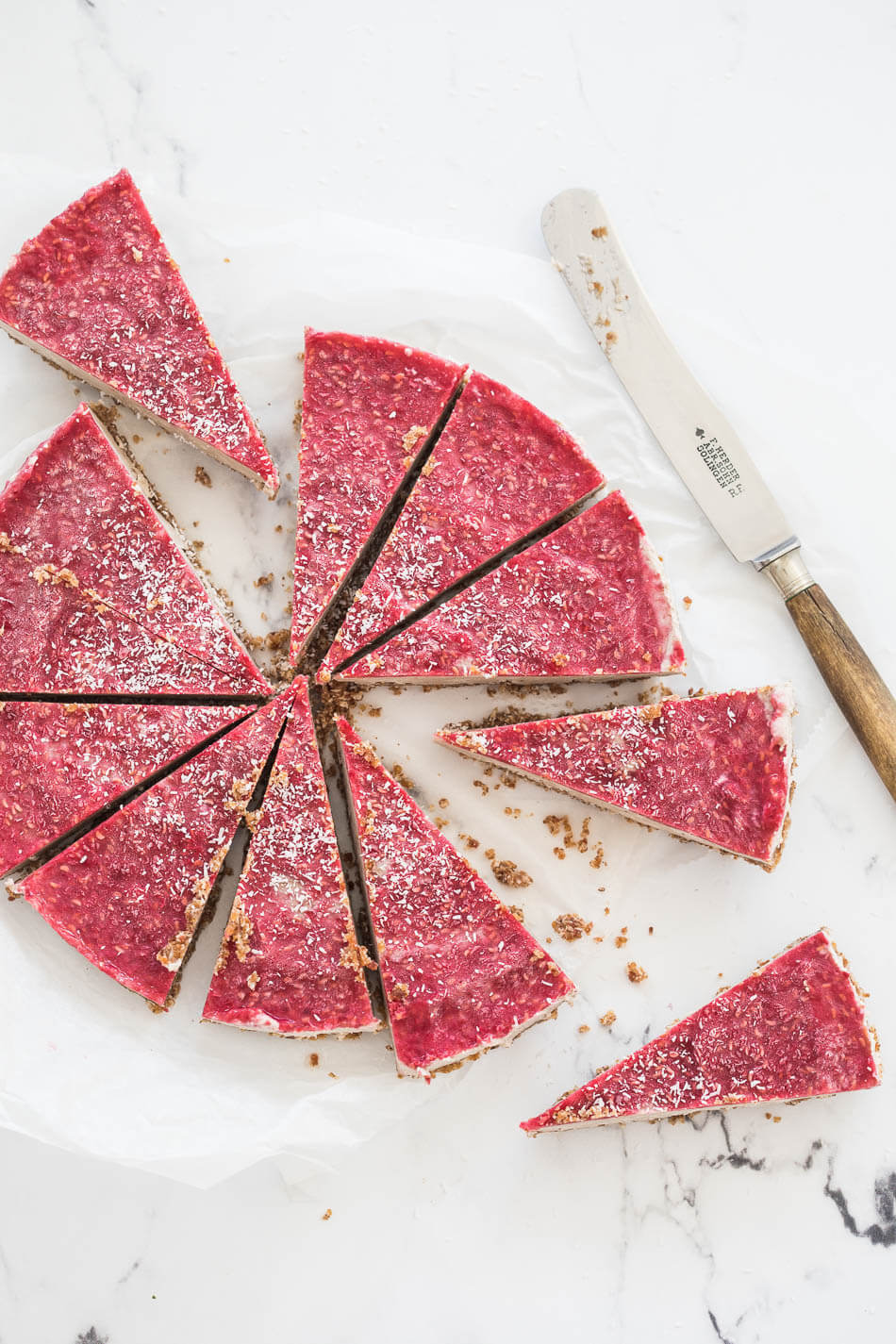 No bake paleo cheesecake met frambozen topping   simoneskitchen.nl