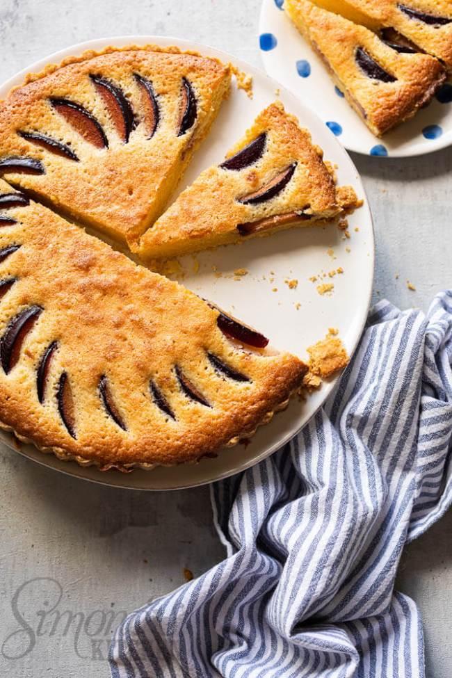 Heerlijke pruimen frangipane taart
