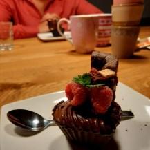 Dessert: brownie en chocomousse