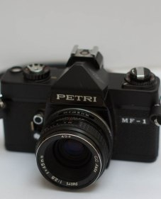 Petri MF-1 35mm SLR from 1975 1